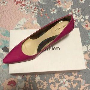 Calvin Klein shinny pink heels